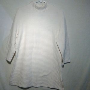 Chico's off white ribbed shirt. #99